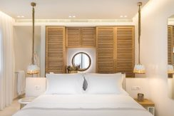 18-Grapes-Premium-Sea-View-Room-1